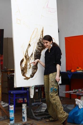 AGATA KUS stammt aus Krosno. Derzeit lebt und arbeitet sie in Krakau.2012 diplomierte sie an der Fakultät für Malerei der Akademie der schönen Künste in Krakau unter der Leitung von Prof.Leszek Misiak.