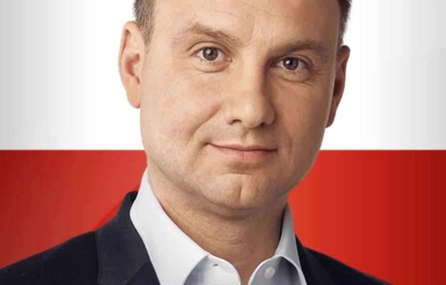 """Andrzej Duda zapowiedział, że wystąpi z Prawa i Sprawiedliwości. - """"To konieczne, jak się zostaje prezydentem, to się nie jest partyjnym – prezydent jest ... - 11053473_1685967581631491_8818004578761323549_n"""