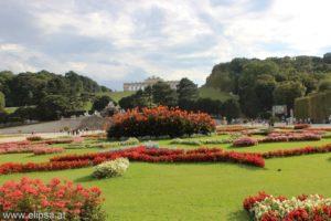 Wirtualny spacer po pałacu Schönbrunn – gigapanorama pałacu i ogrodów