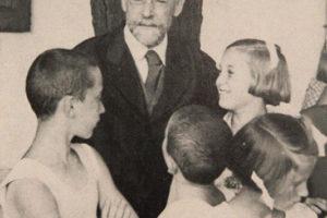 """""""Janusz Korczak – Udzielić dzieciom głosu"""". Z okazji 75. rocznicy śmierci Janusza Korczaka"""