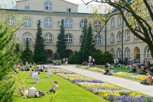 Równolatek II Rzeczypospolitej. O historii i misji Katolickiego Uniwersytetu Lubelskiego