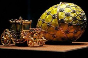 Cesarskie jajka niespodzianki -świat Fabergé