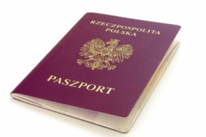 Jak złożyć wniosek o paszport w Wiedniu – porady POLKAart