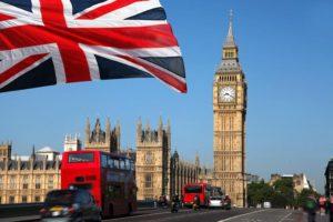 Warunki studiowania dla Polaków w Wielkiej Brytanii utrzymane!